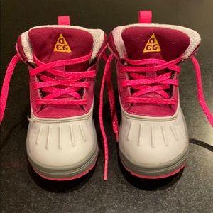 Nike Kids Woodside 2 High (Toddler) Sz 8C